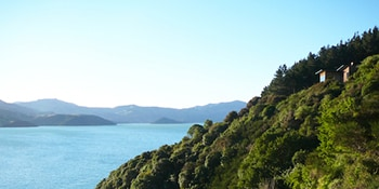 Akaroa Costal Retreat overlooking Akaroa Harbour
